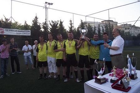 Büyükçekmece Belediyespor turnuvada üçüncü oldu…  Haberi