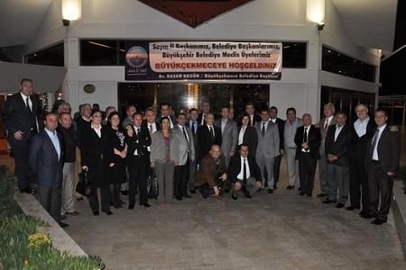 CHP'li meclis üyeleri yemekte buluştu… Haberi