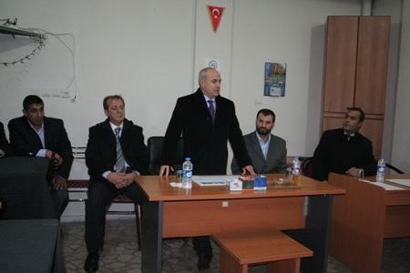 Başkan Akgün Roman Derneğin de vatandaşlarla buluştu...  Haberi